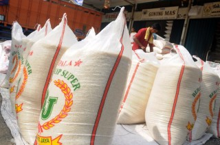 Jombang Tolak Jatah Beras Impor