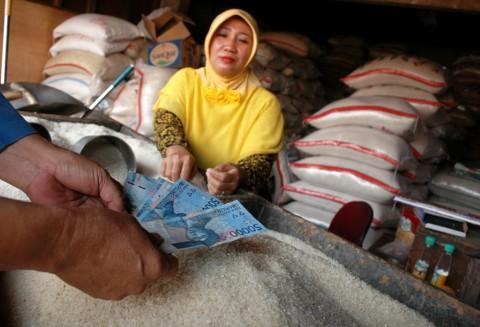 Menko Darmin: Jokowi Minta Harga Beras Turun sebelum Puasa