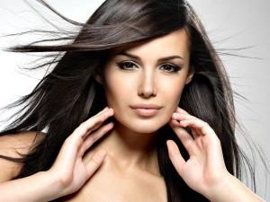 Tips Menjaga Kesehatan Rambut Panjang