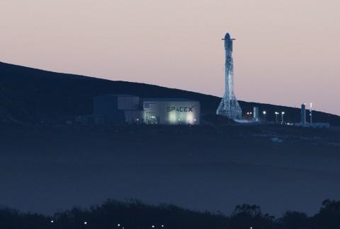 Besok, SpaceX akan Luncurkan Falcon 9 ke-50