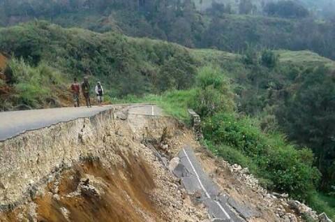 Jalanan Rusak Hambat Penanggulangan Gempa di PNG
