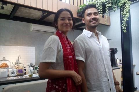 Putri Marino Ceritakan Awal Mula Tertarik Chicco Jerikho