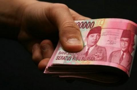 Tiga Polisi di Riau Peras Warga Ratusan Juta Rupiah