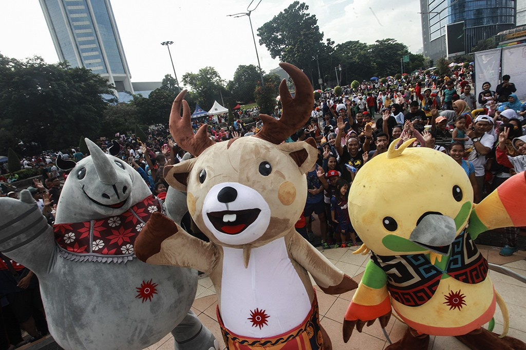 Maskot Asian Games Sapa Masyarakat di Car Free Day