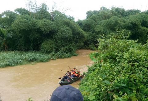 Tiga Pemuda Terseret Banjir Usai Pesta Miras, Satu Tewas