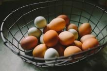 Tips Mengupas Kulit Telur Rebus dengan Mudah