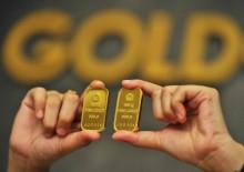Harga Emas Antam Turun jadi Rp652 Ribu/Gram