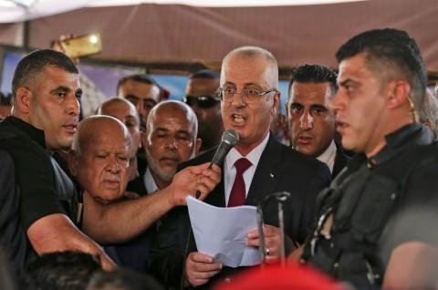 Masuki Gaza, Konvoi PM Palestina Disambut Ledakan