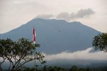 Gunung Agung Sempat Erupsi Lagi