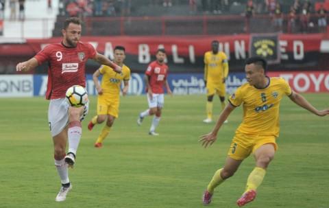 Striker Bali United Ilija Spasojevic kembali diturunkan sebagai
