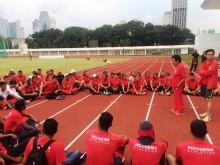 Pelatih Kelas Dunia Harry Marra Arsiteki Cabor Atletik