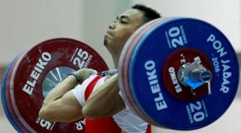 Lifter Eko Ylui yang akan turun di kelas 62 kilogram-(Istimewa)