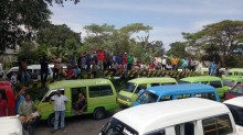 Ratusan Sopir Angkot di Malang Demo
