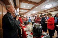 Pesona Tarian dan Masakan Indonesia Pukau Warga AS