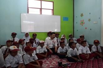 Dubes Rusdi Dorong Menaker Berlakukan Moratorium Sementara