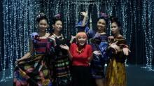 Meriahkan Pagelaran Busana, Lenny Agustin Undang Aming sebagai Model