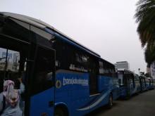 Pengguna Bus Premium Sambut Baik Penurunan Tarif