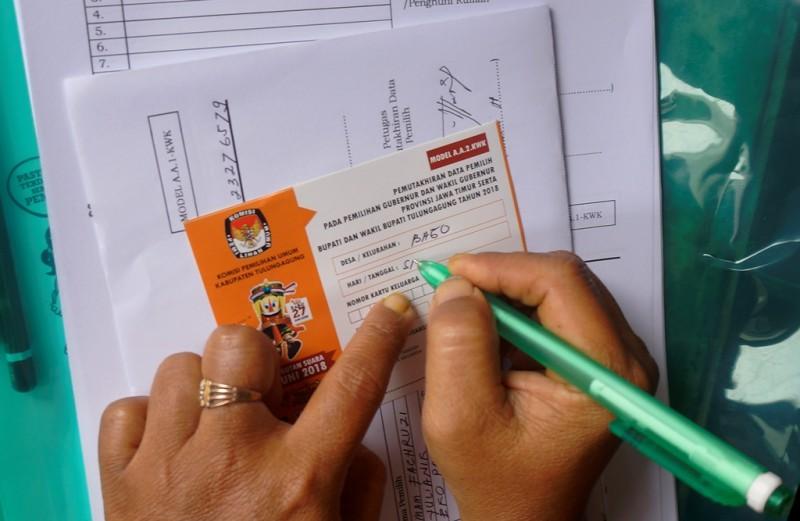 Ilustrasi. Pemutakhiran data pemilih Pilkada. (ANT/Destyan Sujarwoko)