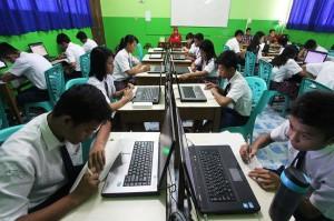 UN di Beberapa SMA di Sulsel Pakai Android