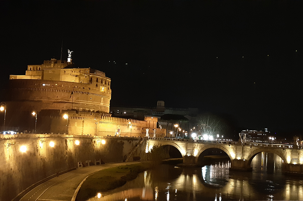 Keindahan Castel Sant'Angelo di Roma
