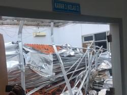 RSAL Dr Ramelan Tunjuk 10 Investigator Atap Ambruk
