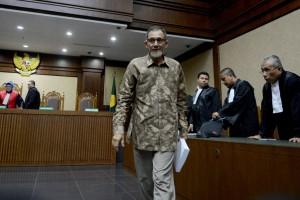 Nofel Hasan Divonis 4 Tahun Penjara