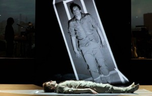 Karya Musikal Lazarus Milik David Bowie Diangkat ke Layar Lebar