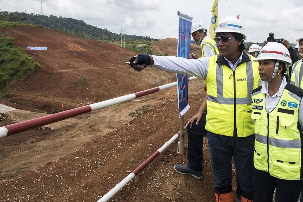 Menteri Rini Tinjau Proyek Kereta Cepat JKT-BDG