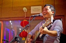 Kelebihan Para Penyanyi Indonesia Menurut Sandhy Sondoro