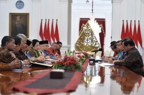 Mega Singgung Haluan Negara ke Jokowi