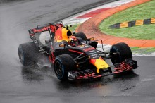 Verstappen: Hujan Bawa Keberuntungan buat Red Bull