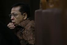 Novanto Ditantang Bongkar Dalang Kasus KTP-el