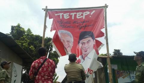 Alat Peraga Kampanye Pilgub Jateng Dicopot Paksa
