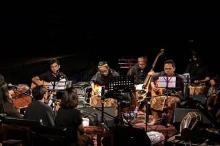 Payung Teduh Kembali ke Nafas Teater lewat Proyek Album Terbaru