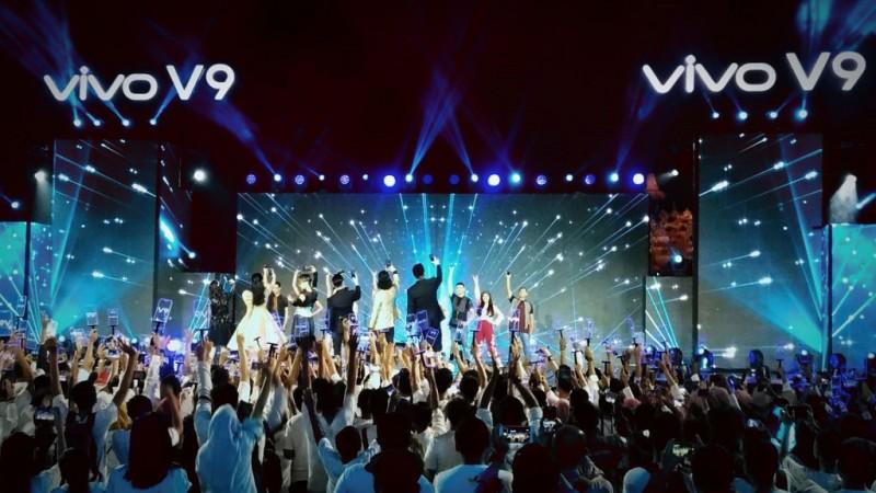 Peluncuran Vivo V9 yang digelar malam ini di Candi Borobudur, Magelang, Jawa Tengah.