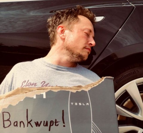 Candaan Elon Musk di April Mop: Tesla Bangkrut