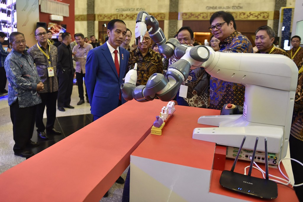 Presiden Buka Indonesia Industrial Summit 2018