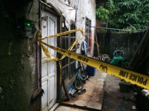 Polisi Gerebek Rumah Perakitan Senjata dan Benda Diduga Bom