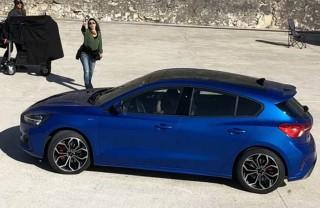 Ford Rilis <i>Teaser</i> Focus 2019, Berubah Total