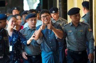 Pengadilan Myanmar Tolak Hentikan Kasus Wartawan Reuters