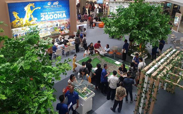 Suasana pemesanan unit rumah CItra Maja Raya di Mall Ciputra, Grogol, Jakarta Barat