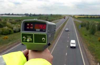 Kecepatan mobil di jalan tol sudah diatur demi kenyamanan dan