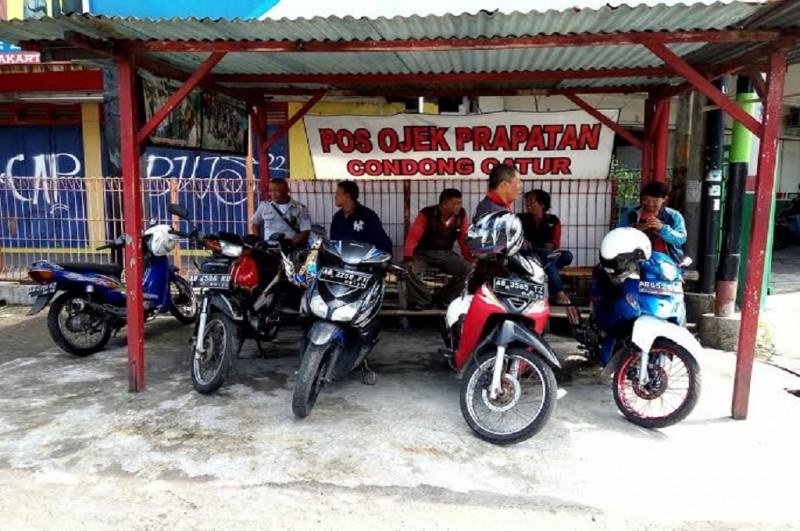 Sejumlah tukang ojek pangkalan di perempatan Condongcatur, Depok, Sleman, Medcom.id - Ahmad Mustaqim