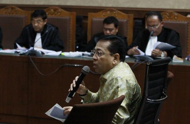 Terdakwa kasus korupsi KTP Elektronik Setya Novanto. Foto: Antara/Reno Esnir.