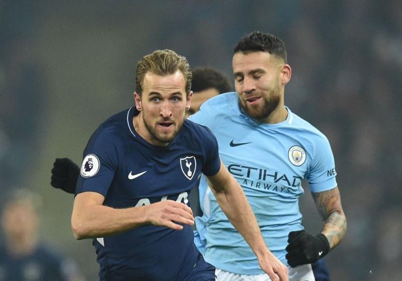 Suasana laga Tottenham Hotspur vs Manchester City. (AFP PHOTO / Oli SCARFF)