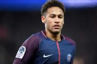 Neymar Kembali Merumput Sebulan Lagi