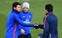 Thiago Silva Dukung Unai Emery Latih PSG Lebih Lama