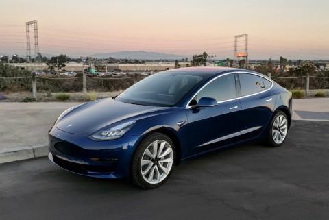 Elon Musk: Tesla Bakal Untung Tahun ini