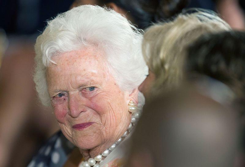 Mantan Ibu Negara AS Barbara Bush dalam kondisi kesehatan yang memburuk (Foto: AFP).