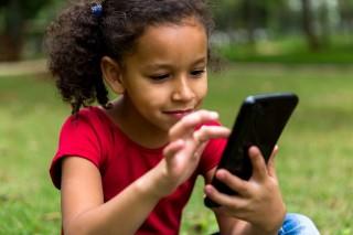 Ribuan Aplikasi untuk Anak di Play Store Langgar Hukum Privasi